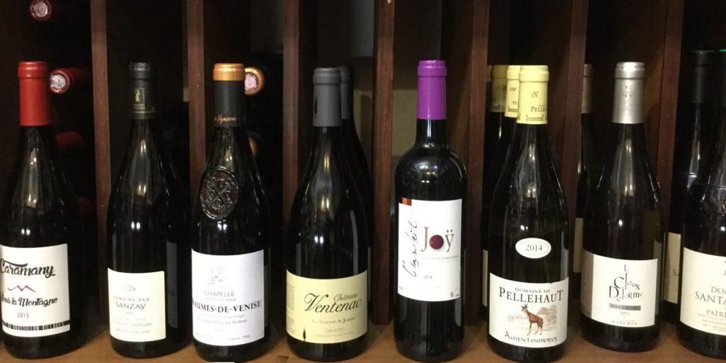 Aux mille Démices propose une sélection de vins et d'alcools